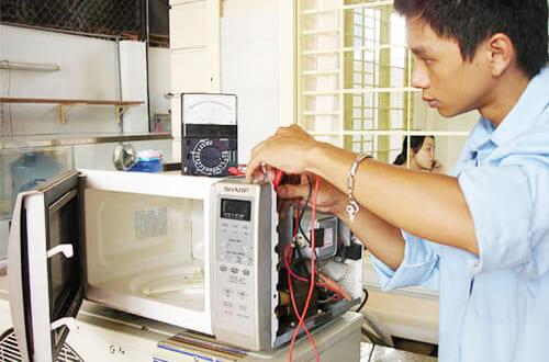 Lò vi sóng Sharp không nóng là lỗi gì ? Sửa hết bao tiền ?