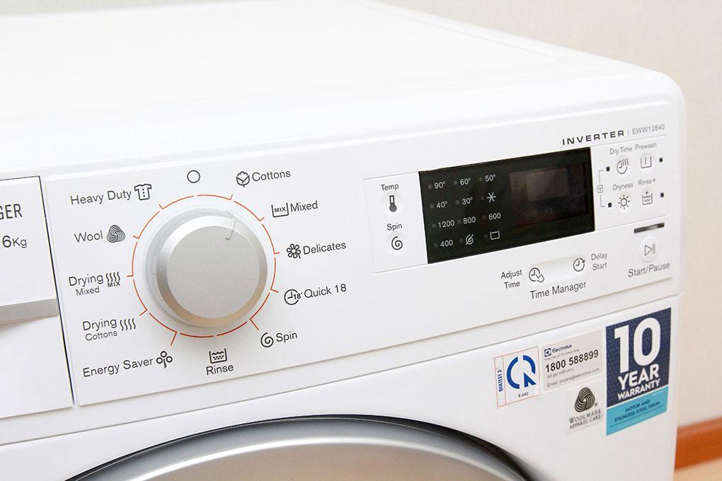 Cách chuẩn đoán mã lỗi máy giặt Electrolux chính xác 100%