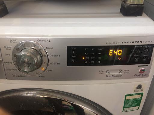 [Máy giặt Electrolux báo lỗi E40] Ai cũng xử lý được trong 30 phút