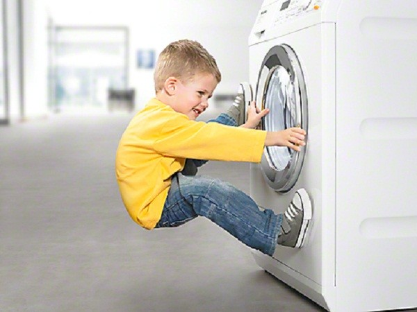 Máy giặt Bosch không mở được cửa xử lý tại nhà chỉ 30 phút