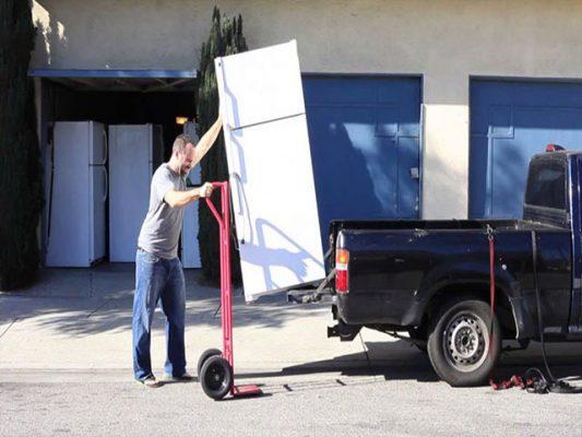 Tủ lạnh vận chuyển bao lâu thì cắm điện lại được ? Tư vấn từ thợ 10 năm kinh nghiệm