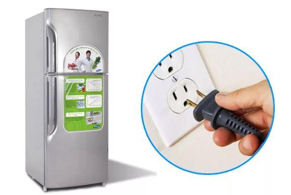 Có nên ngắt điện tủ lạnh khi không sử dụng? [Chuyên gia tư vấn]