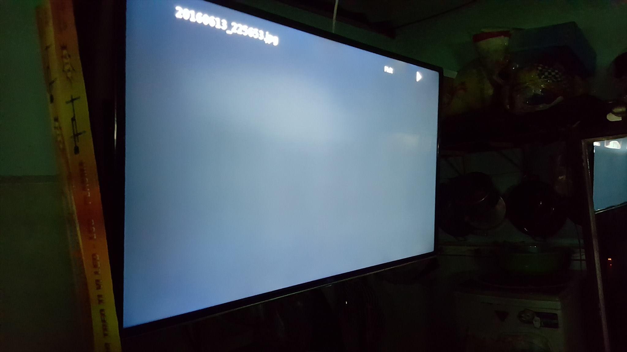 Tivi bị tối màn hình là bị sao? Cách khắc phục tại nhà từ A - Z